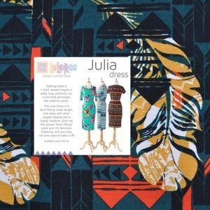 New LULAROE Tribal Feather Print Julia Dress [A5]